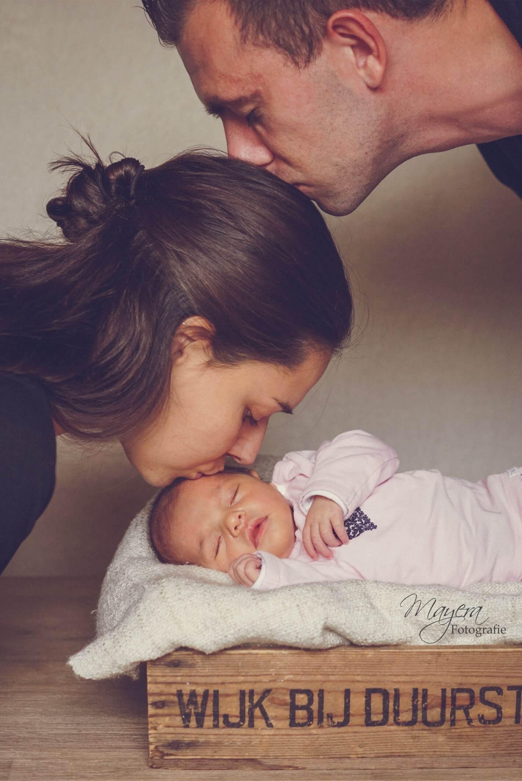 Kus vader moeder dochter