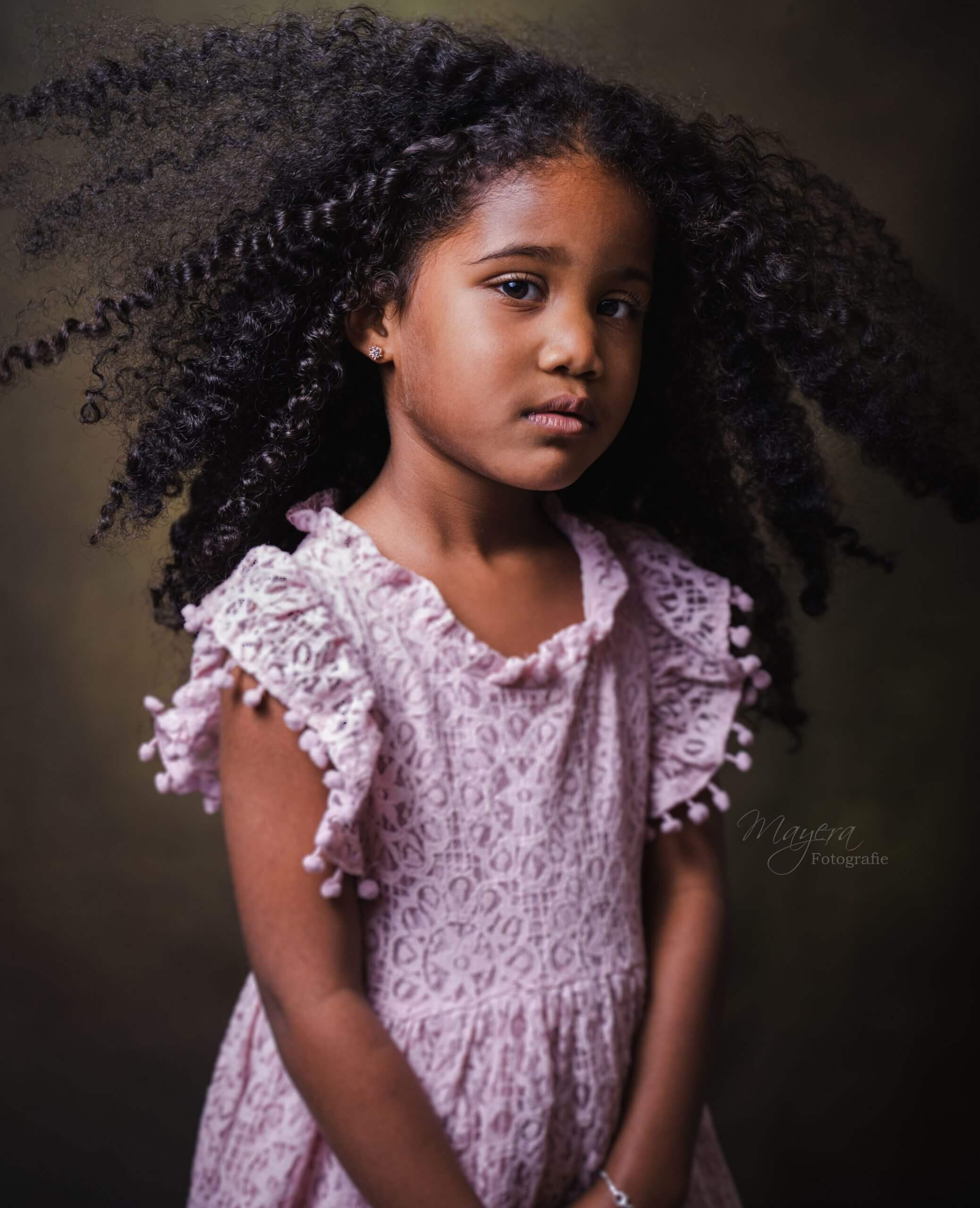 Meisje-fine-art-portret-utrech-1-scaled