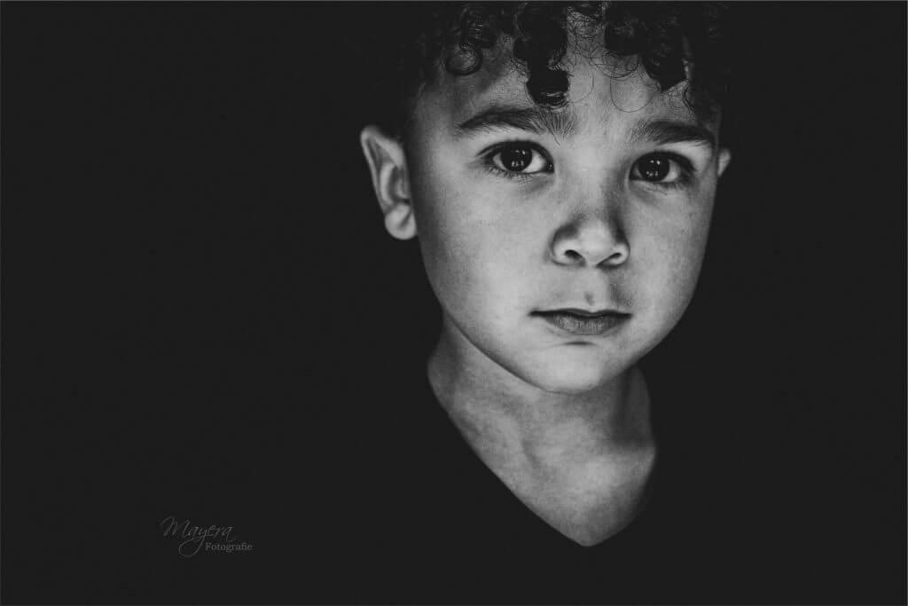 Odyn-fine-art-portret-zwart-wit-11.JPG-LG-1-scaled
