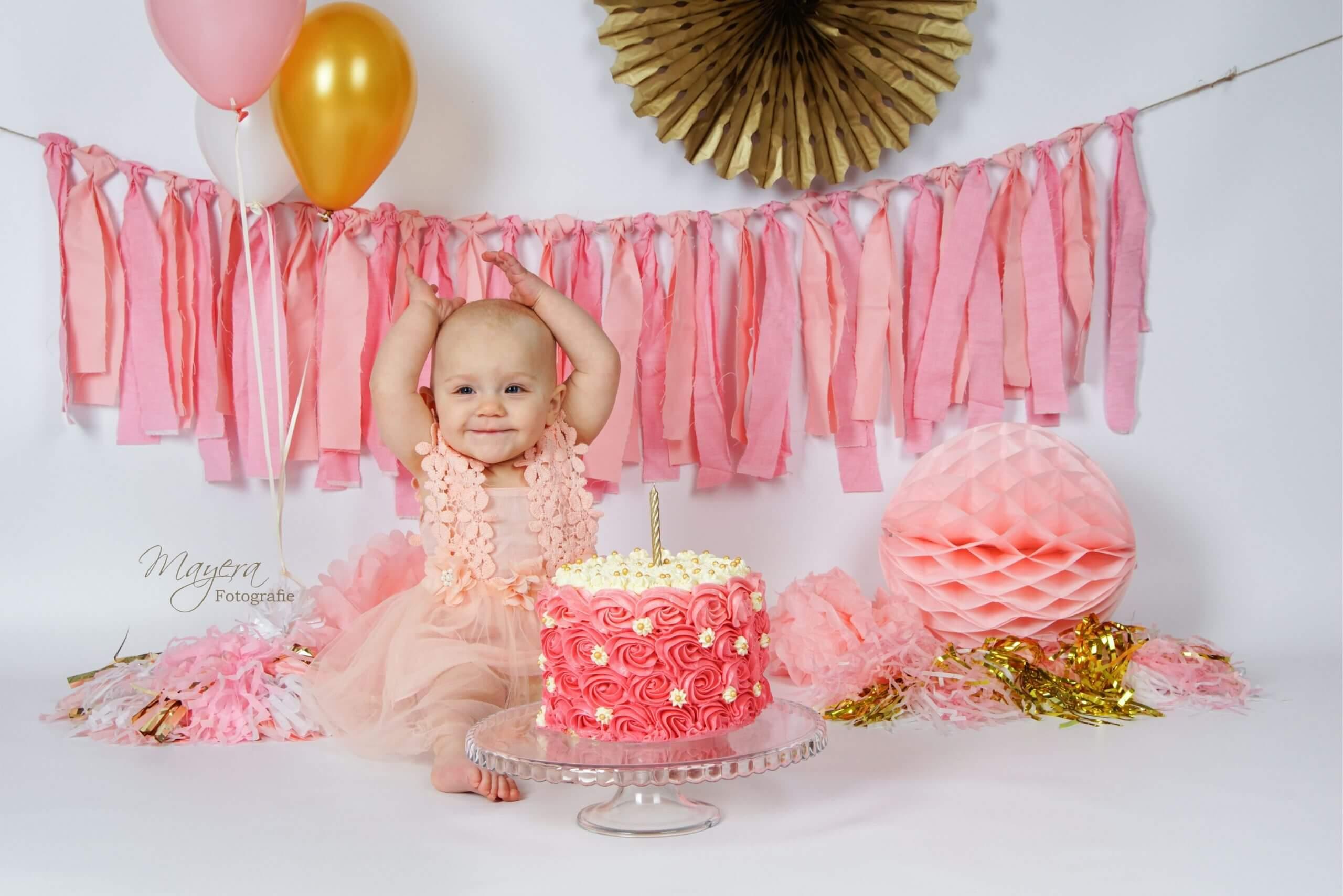 Roze goud cake smash meisje 2