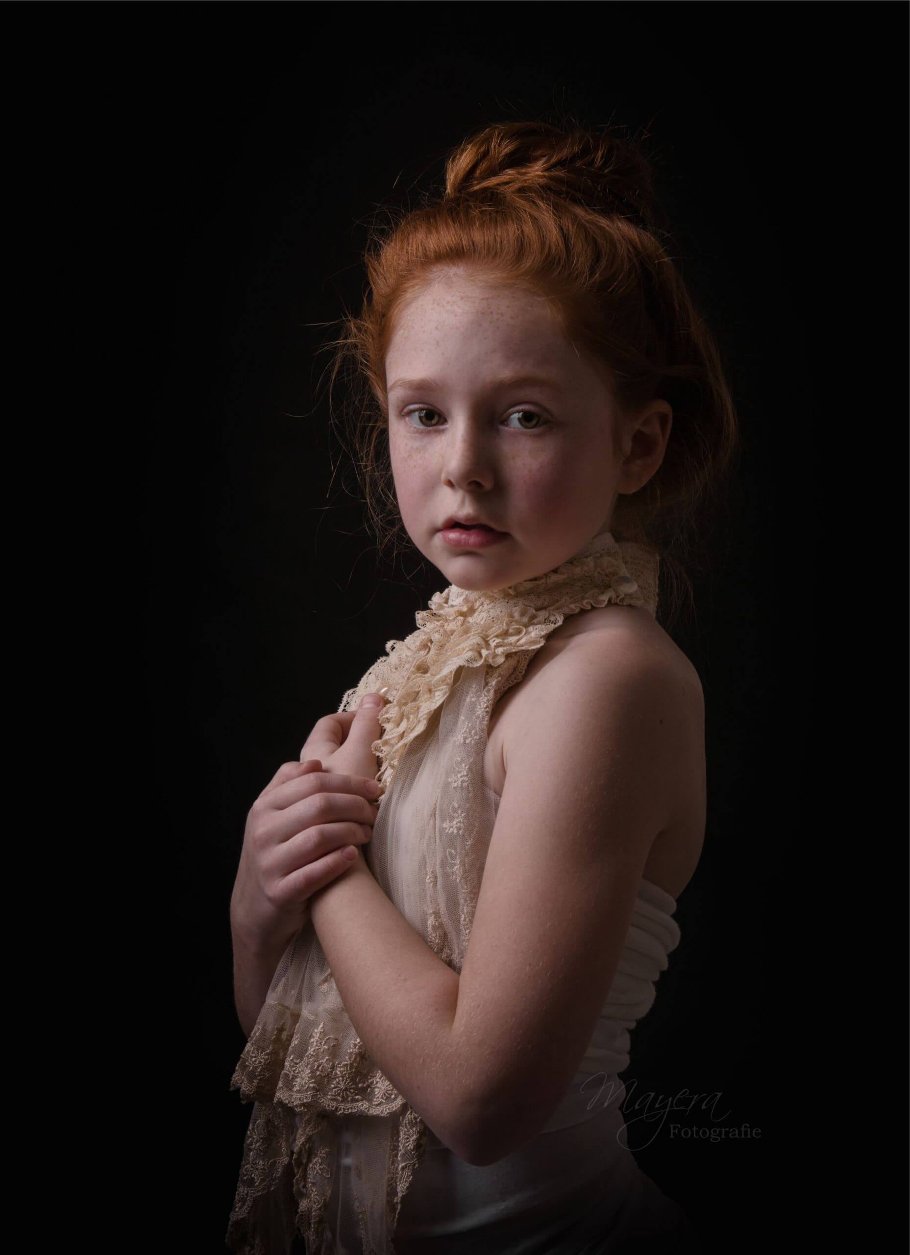 fine-art-portret-meisje-studio-4-scaled