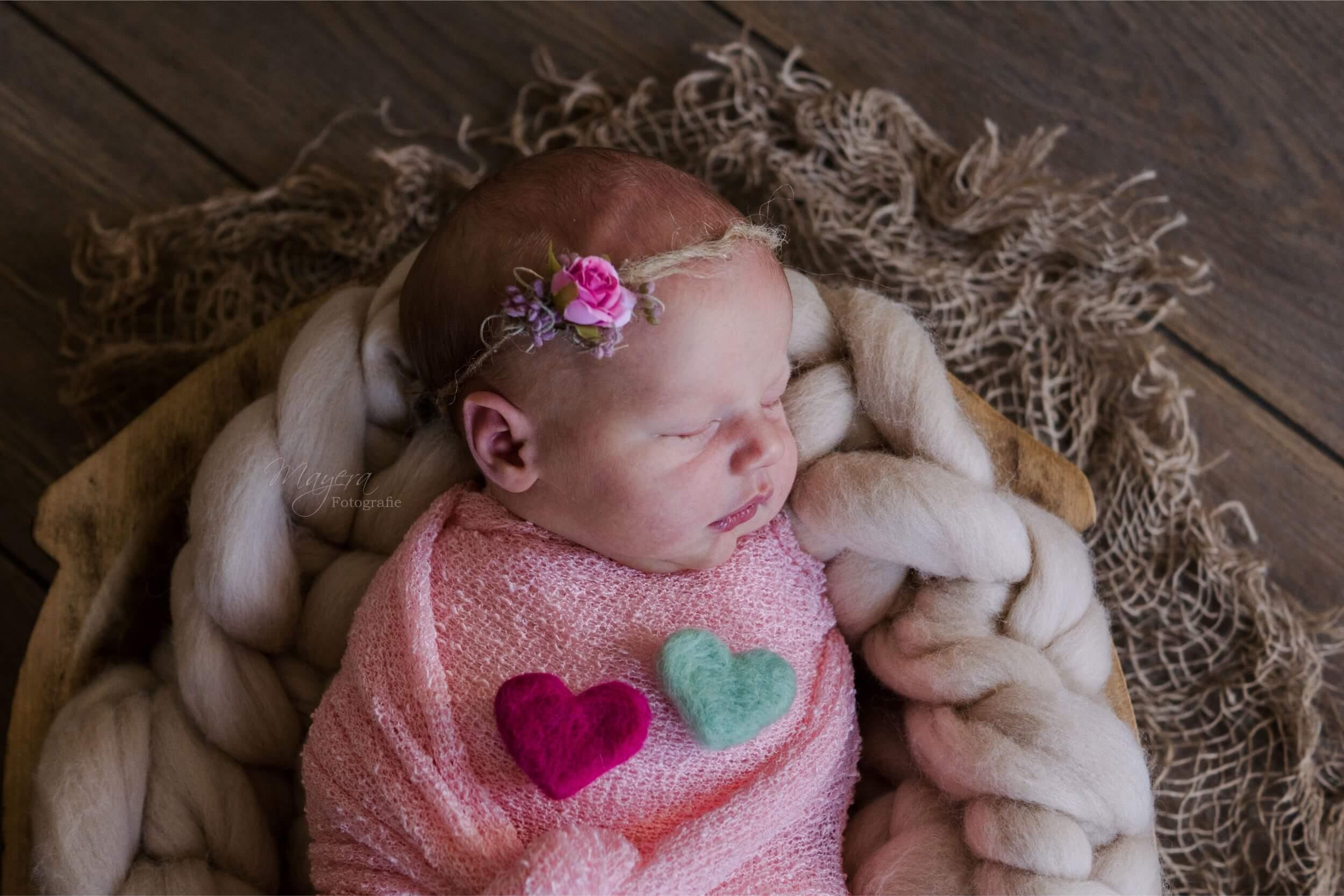 gevilten hartjes newborn meisje