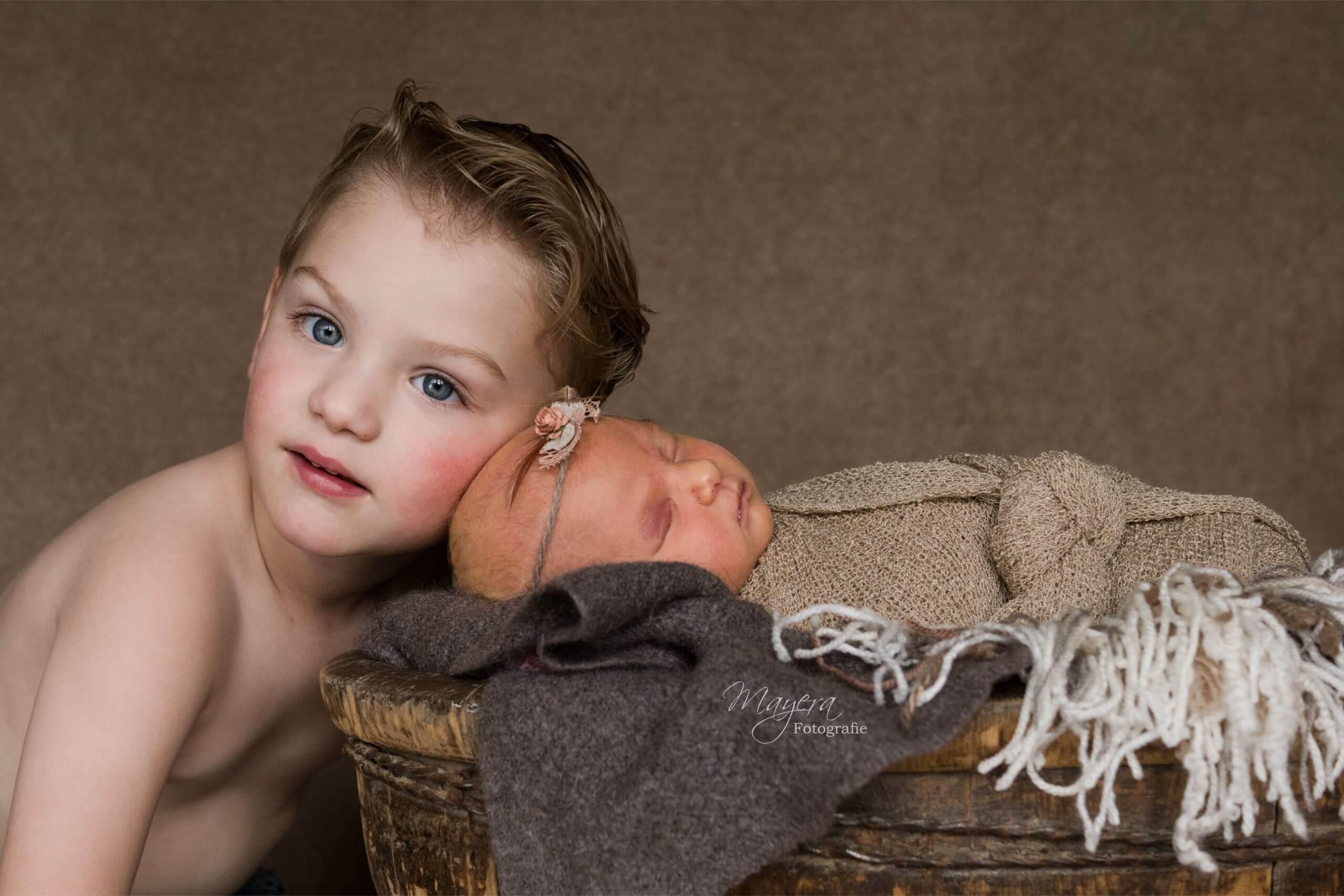grote broer newborn sessie