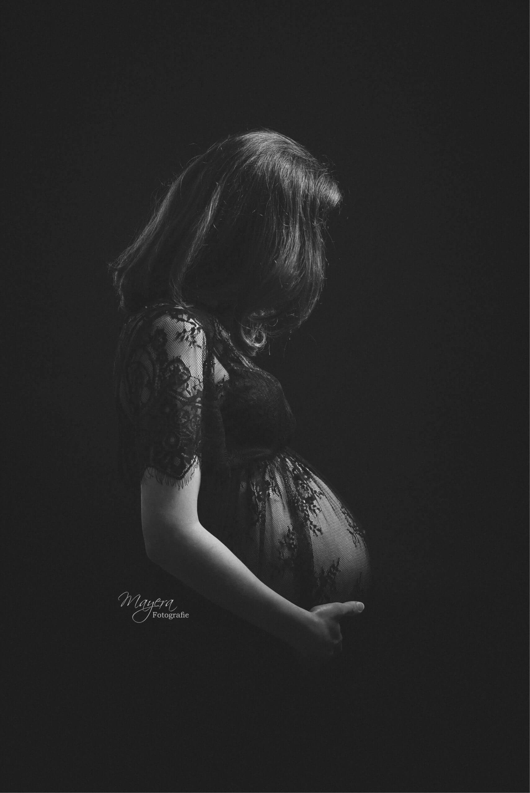 moeder donker studio