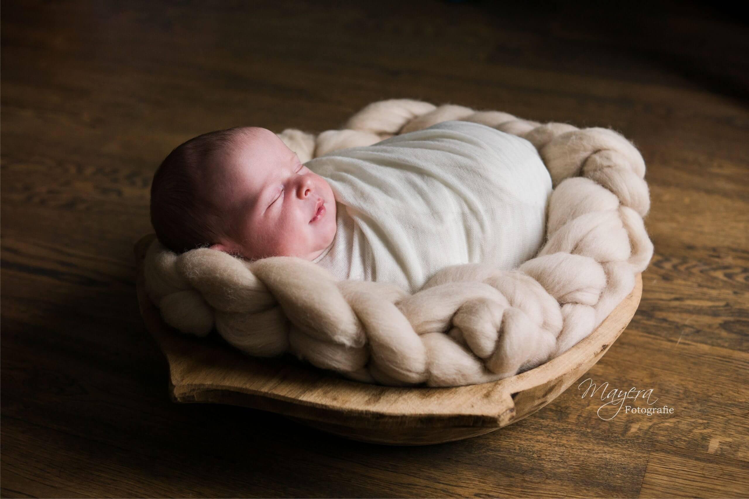 natuurlijke newborn fotoshoot