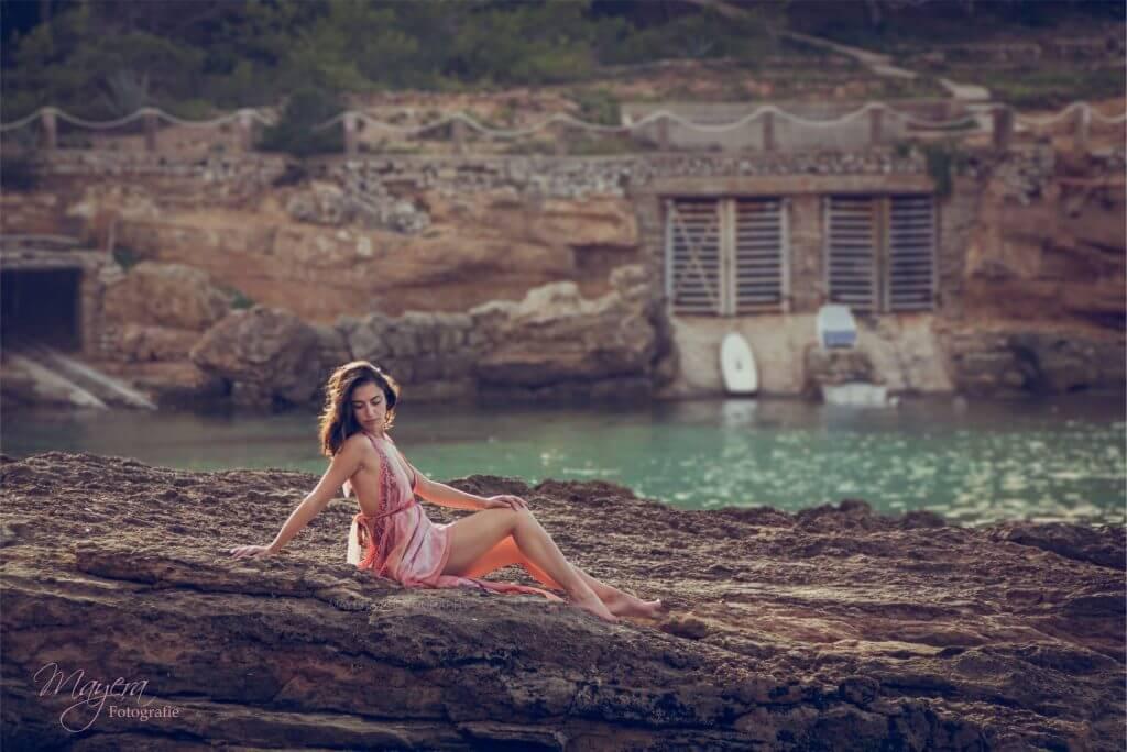 portretfotografie-ibiza-buiten-zee--scaled