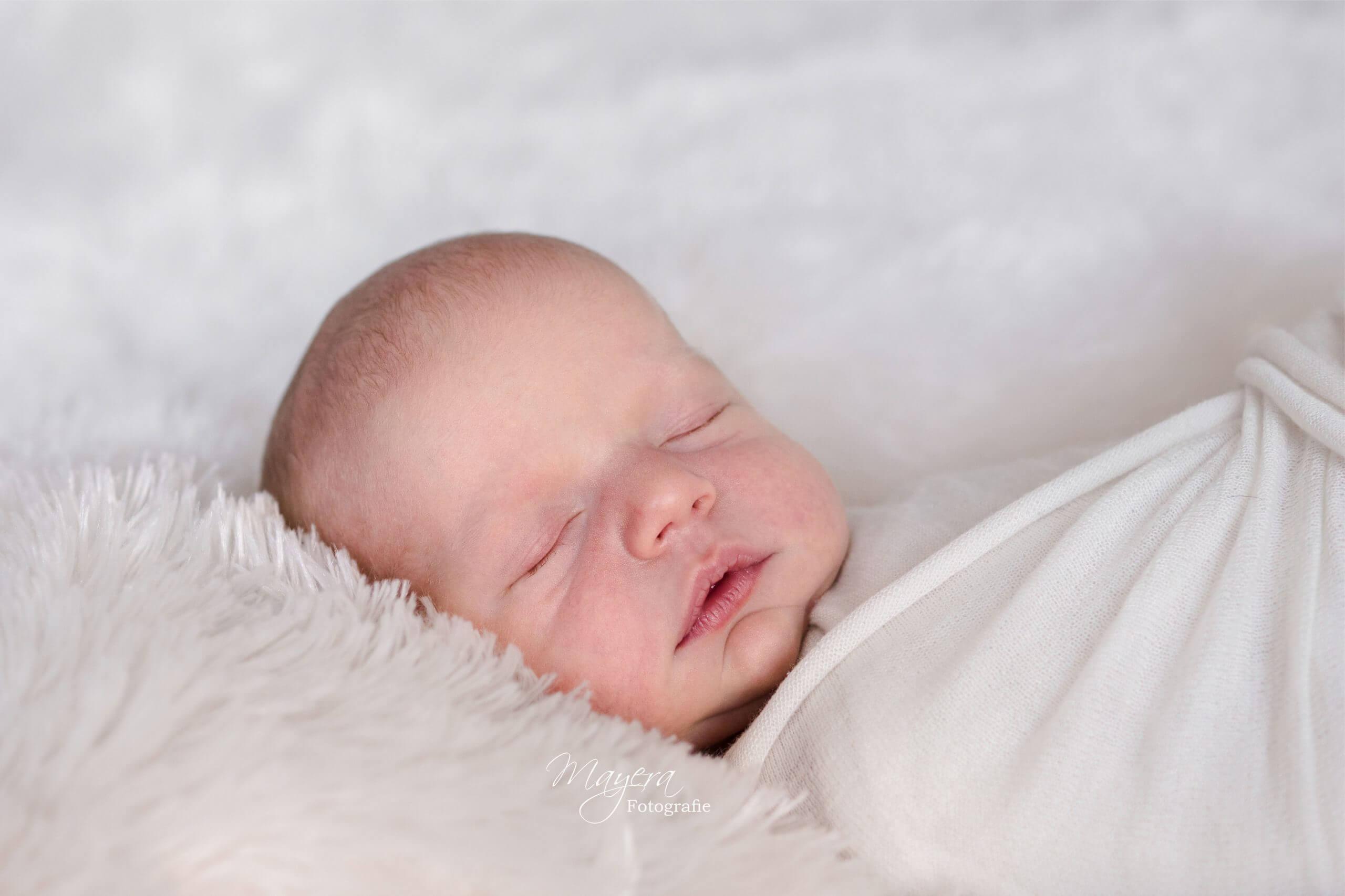 slapen meisje newbornfotograaf