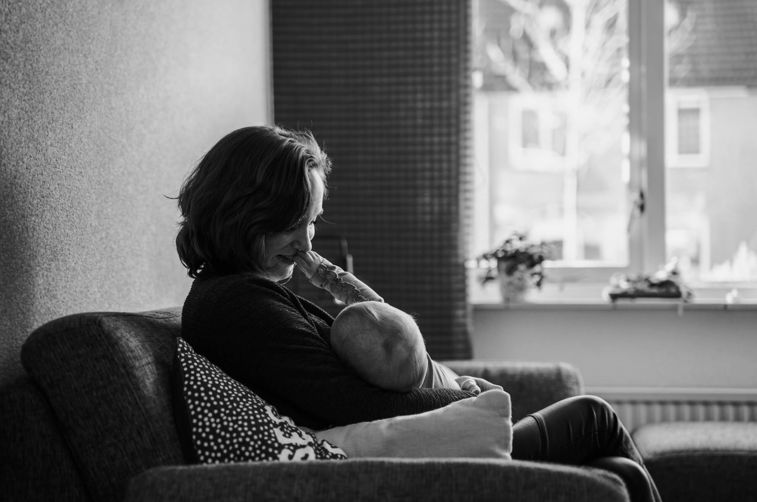 Borstvoeding moeder kind meisje dochter zoon