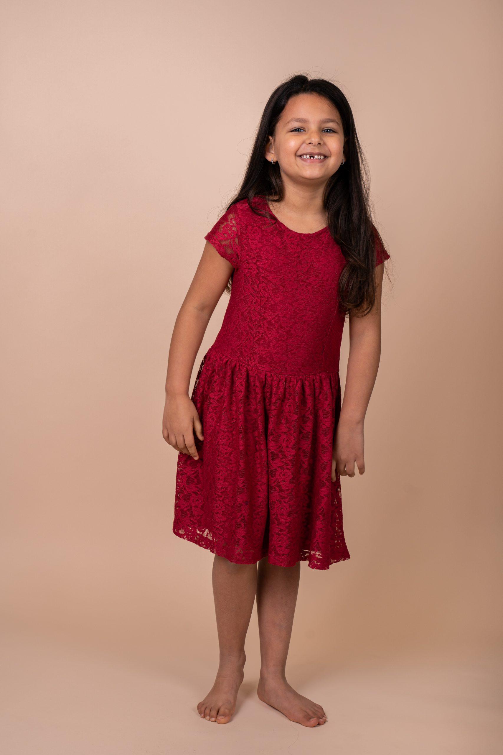 Garderobe jurk kersenrood meisje C&A H&M