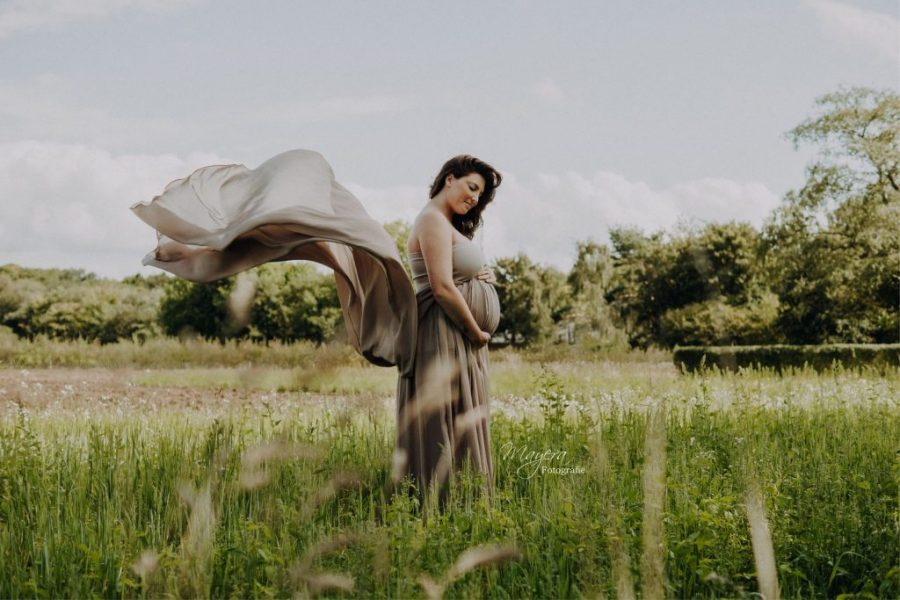 Zwangerschapsfotograaf Zwangerschap shoot fotoshoot nieuwegein Mayera Fotografie (3)