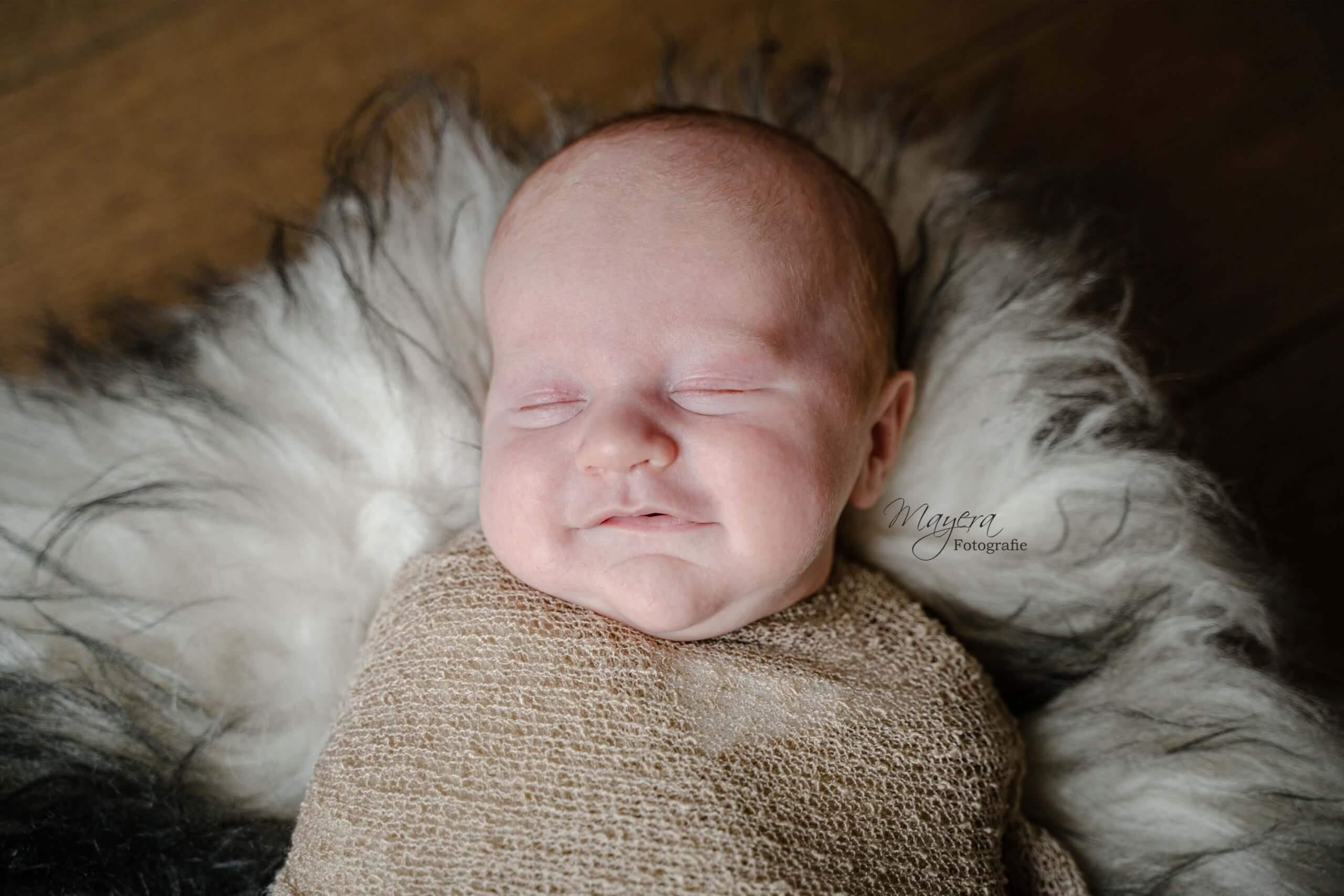 Newborn baby jongen lachen wijk bij duurstede wol