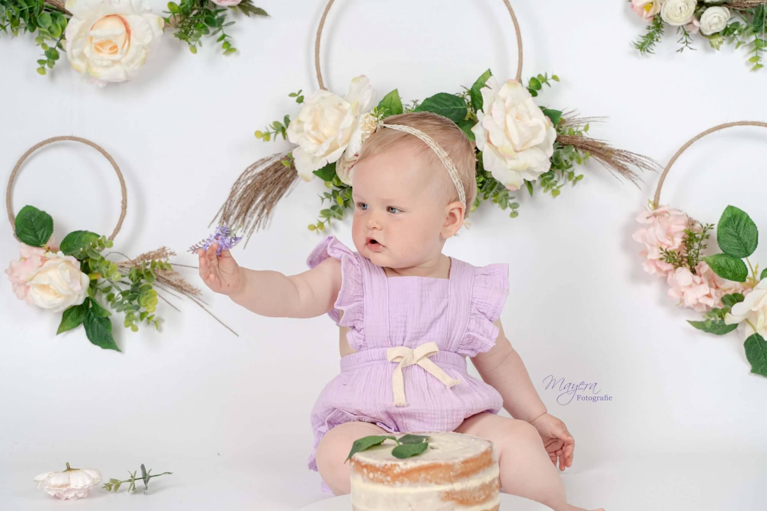 Cake smash baby bloemen boho fotoshoot studio flowers