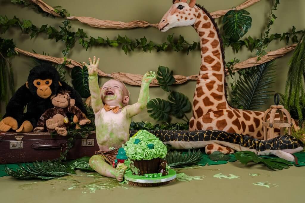 Cake smash studio jungle thema dieren taart groen cothen wijk bij duurstede
