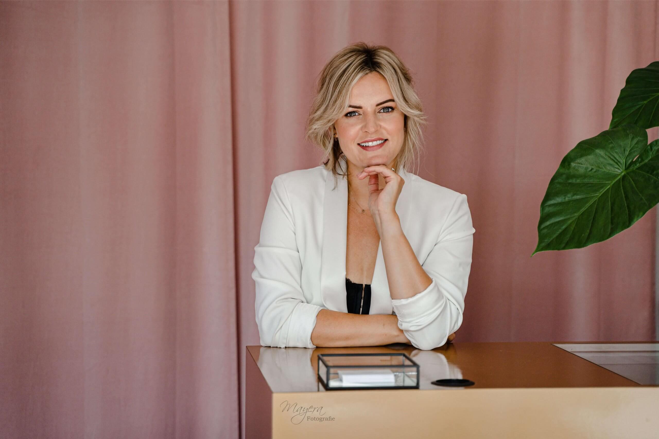 Bedrijfs fotoBranding feed bedrijfsreportage vrouwelijke ondernemer instagram mua make up nieuwegein ijsselstein