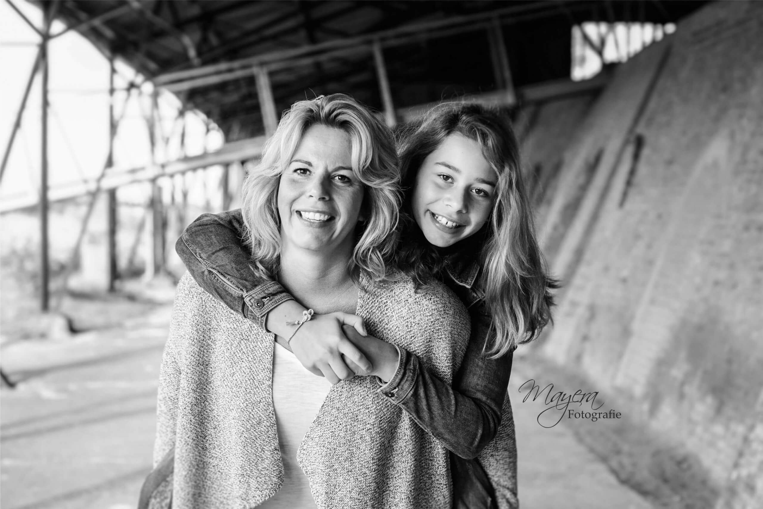 Familie portret zwart wit steenfabriek wijk bij duurstede langbroek cothen