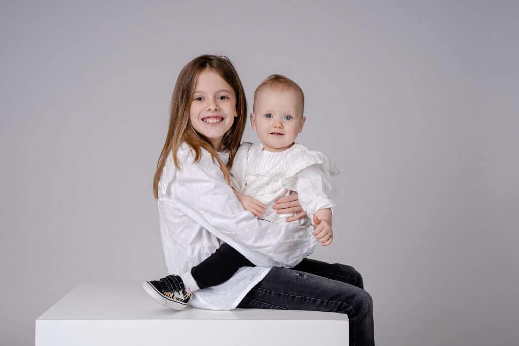 Familie kinderen zusjes family studio sessie
