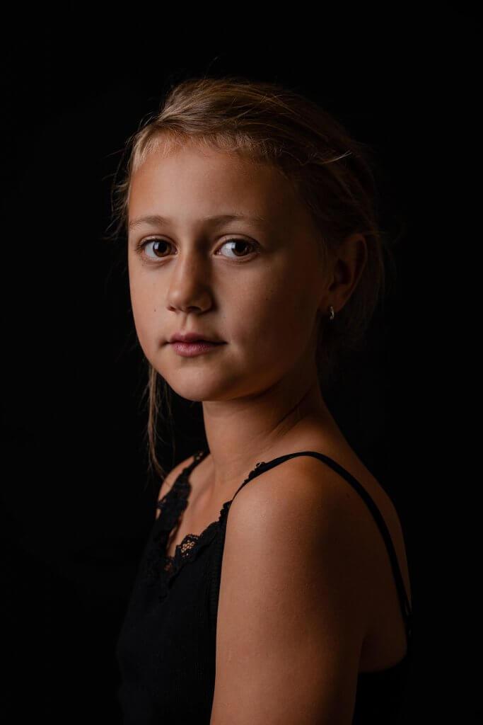 Portret kind meisje amersfoort soest soesterberg studio lichten softbox