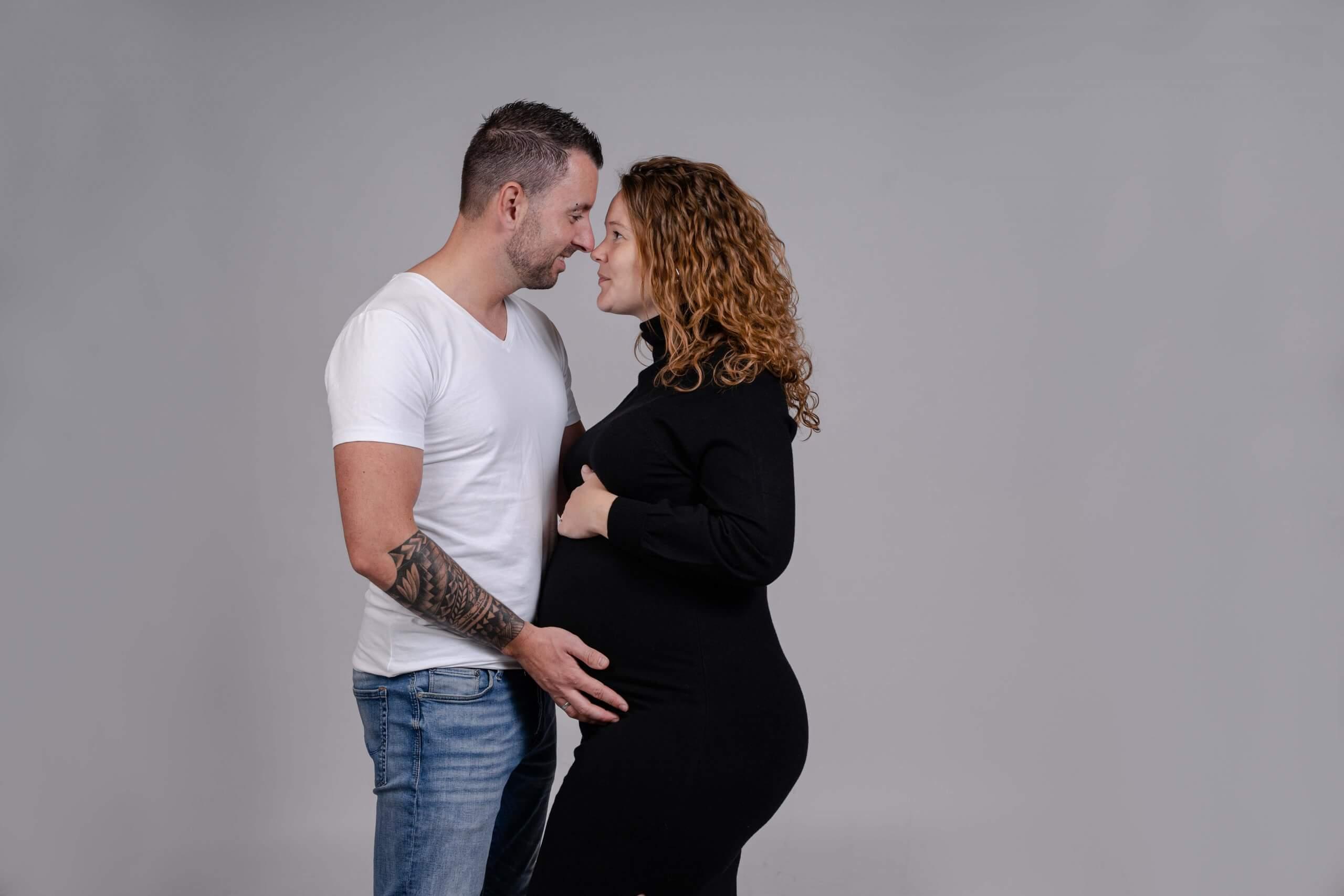 Zwangerschap koppel saamen liefde love loveshoot zeist odijk bunnik