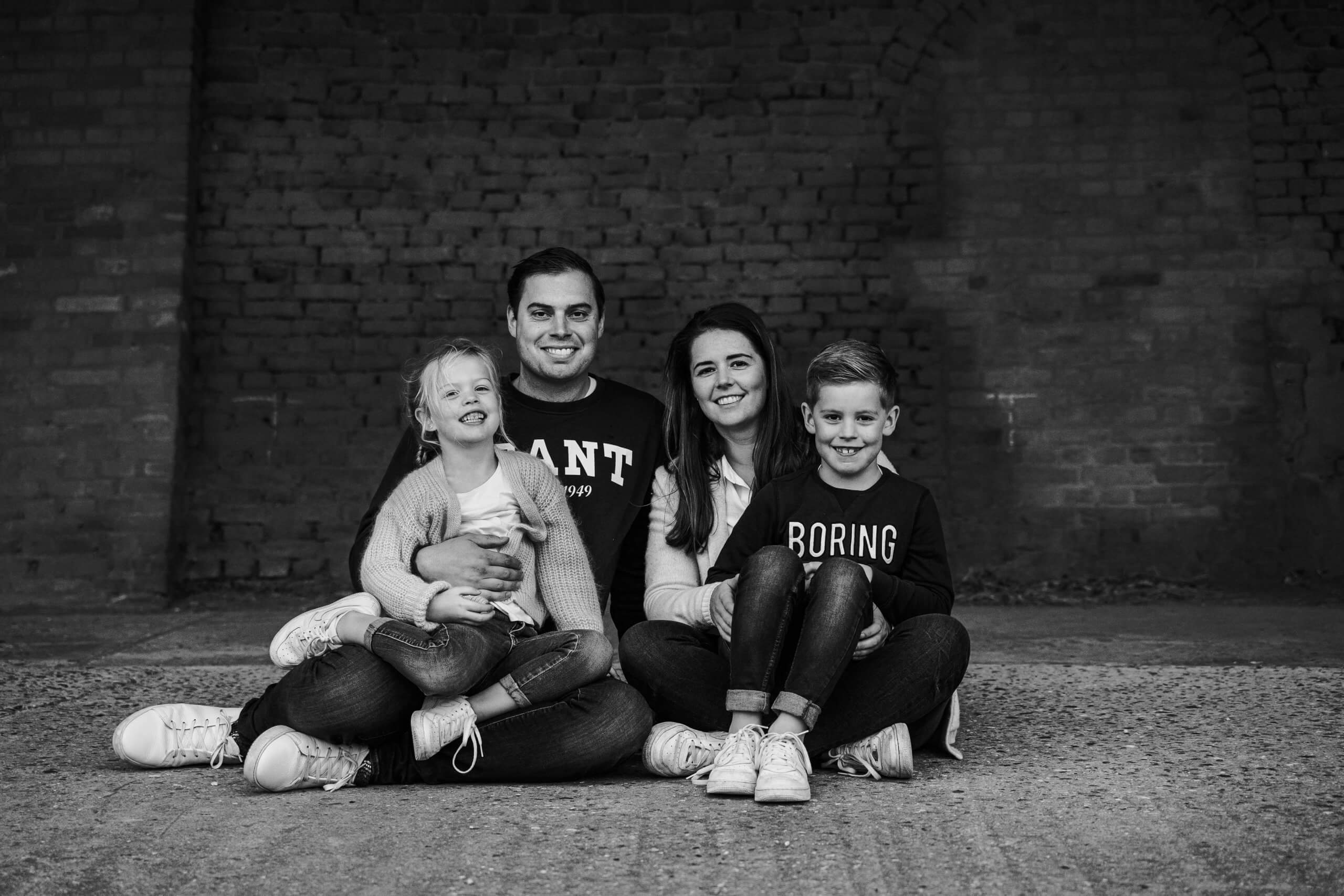 familie gezin ouders kinderen portret familieportret fotograaf gezocht