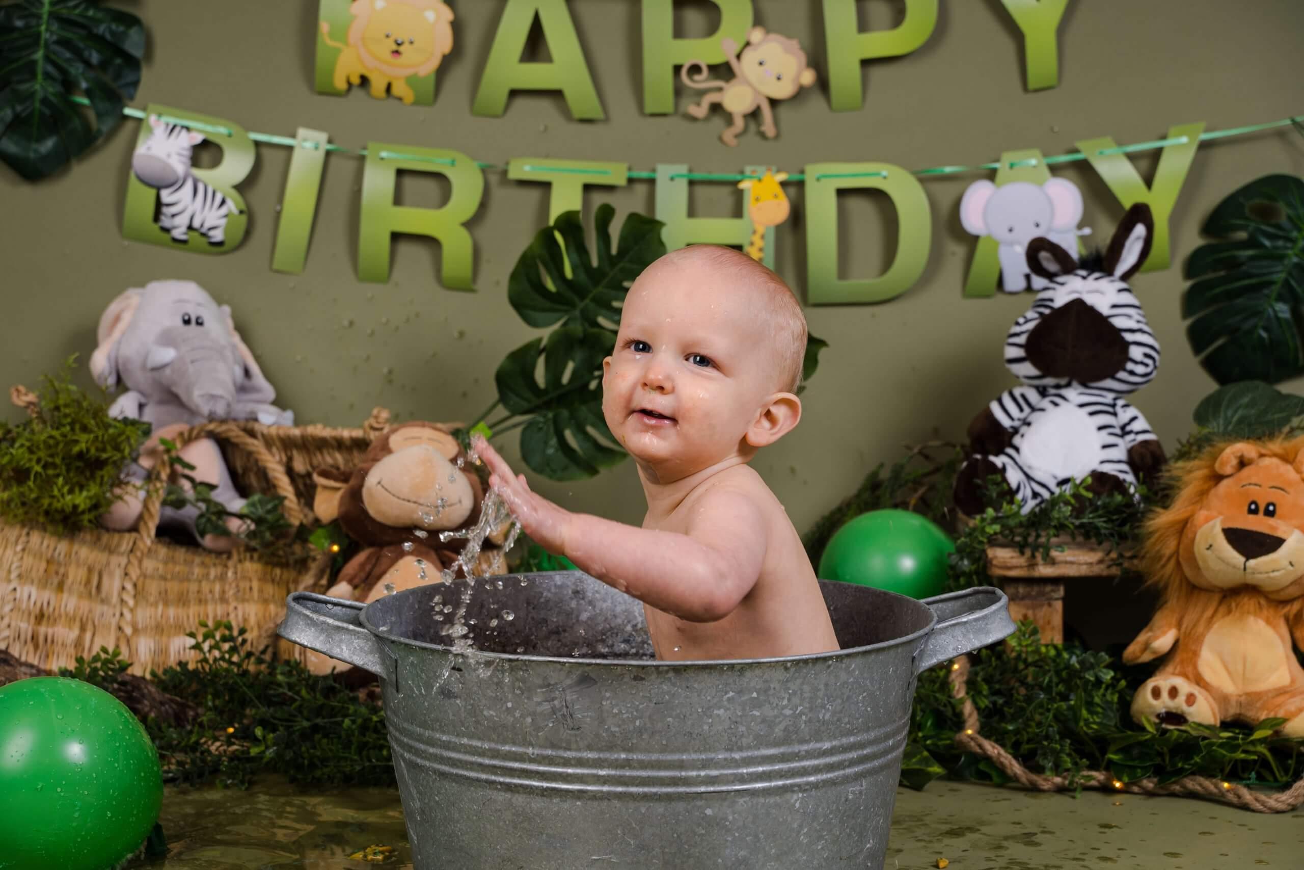 Cake smash jungle thema badje jarig 1 jaar worden one wild fotoshoot .JPG bunnik utrecht