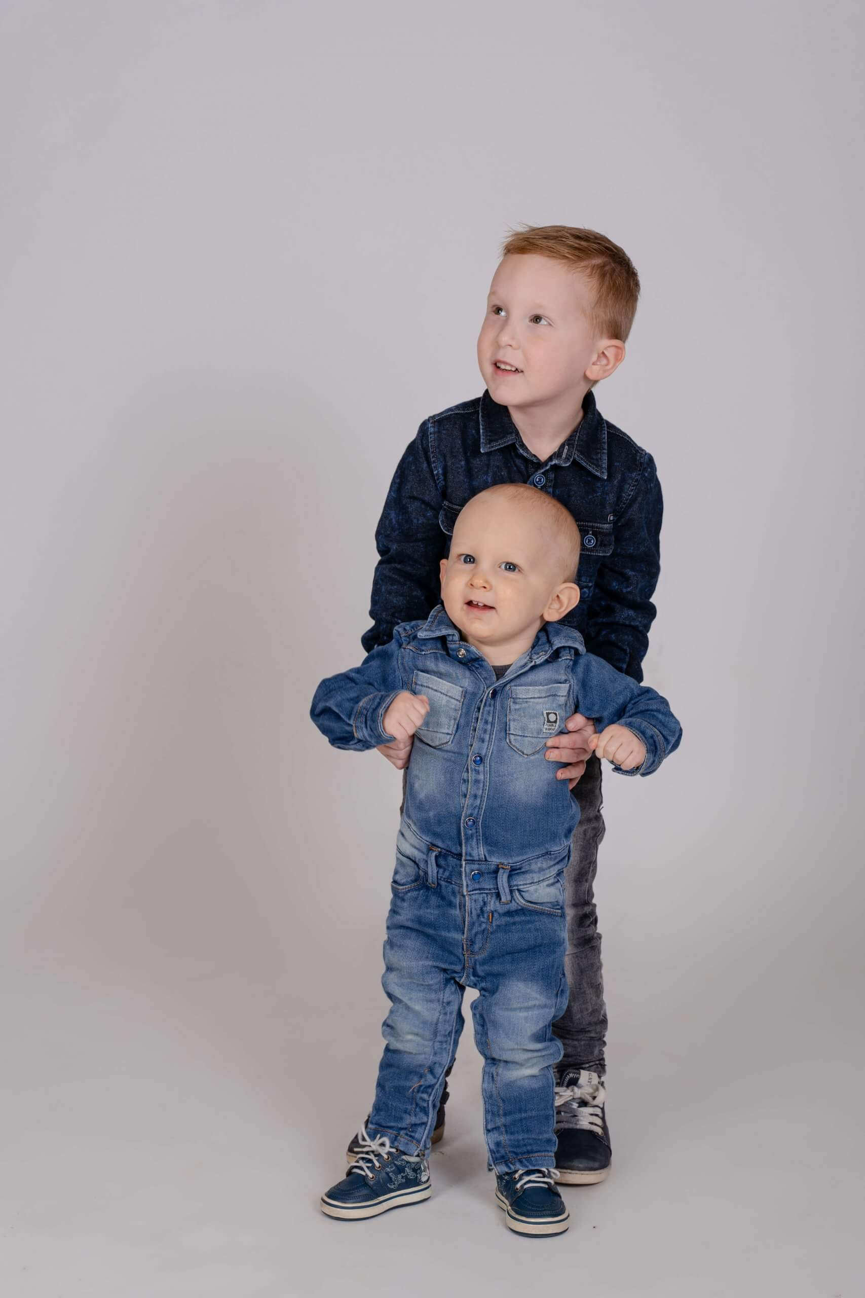 Familie broers fotoshoot samen family utrecht zeist driebergen