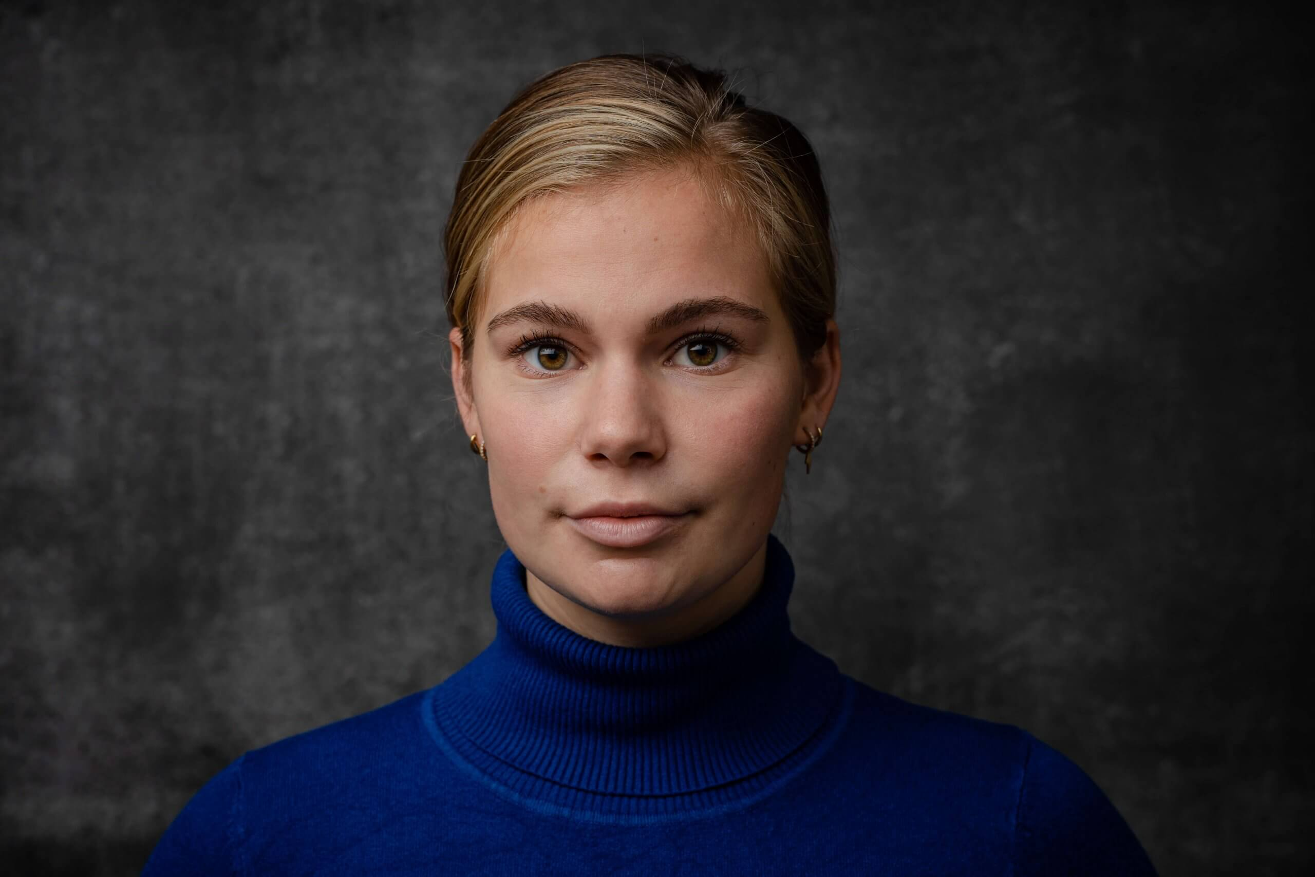 Portret, vrouw dame studio fotoachtergronden fotoshoot meisje portrait