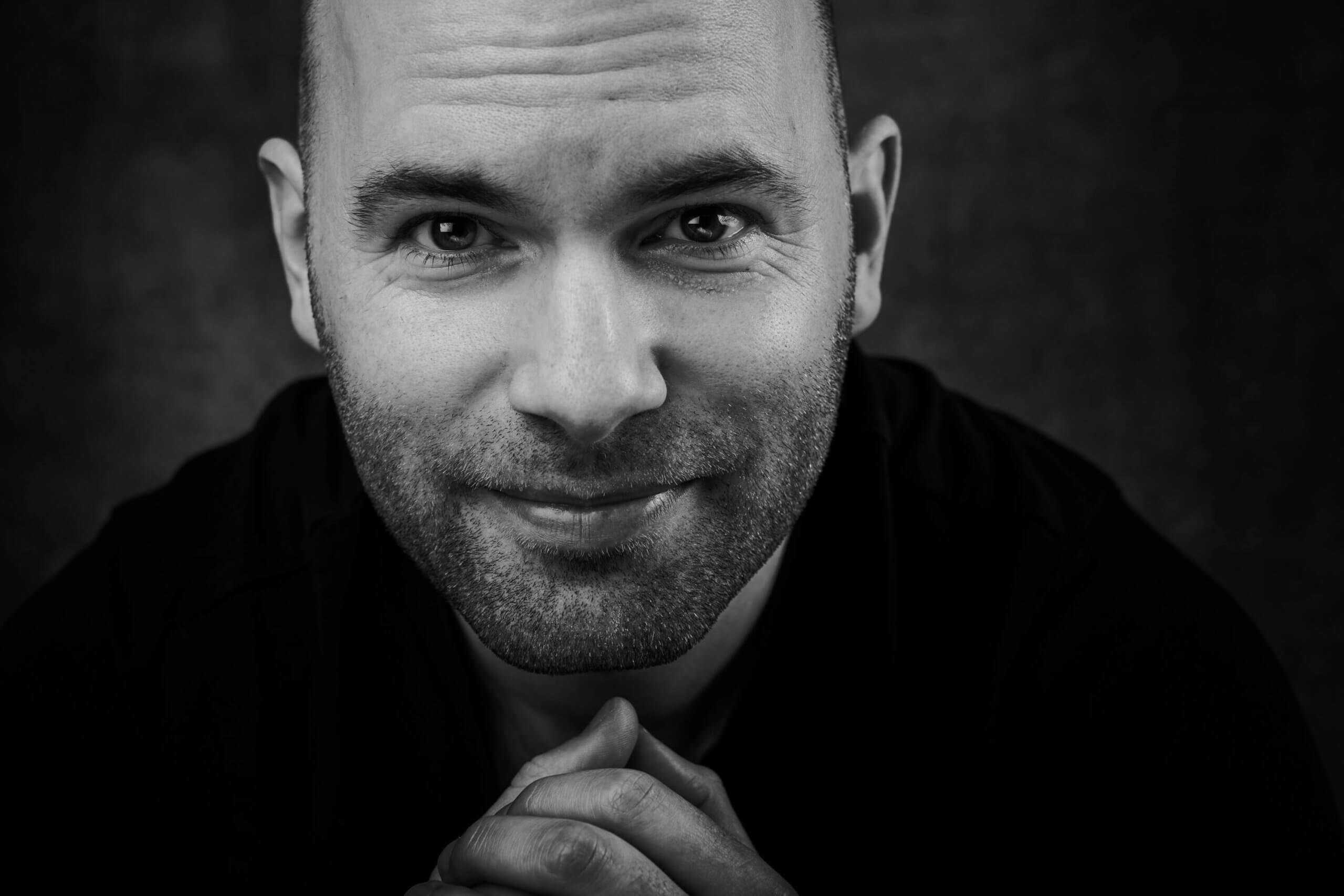 Portret black and white zwart wit studio lights